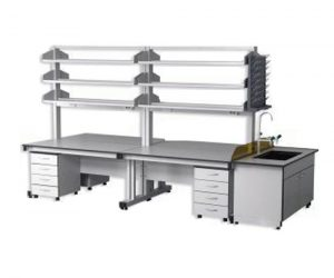 Bàn thí nghiệm trung tâm CLF-1160 giá để dụng cụ ba tầng.
