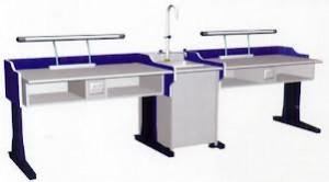 Mặt bàn thí nghiệm làm bằng vật liệu Phenolic-HPL (High Pressure Laminates)