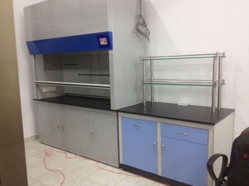 Tủ đựng hóa chất cho phòng thí nghiệm chất lượng, giá tốt.
